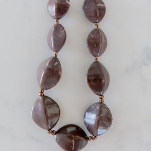 Jewelry - Brown Marbled Statement Necklace
